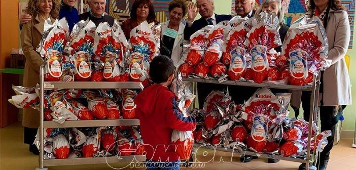 La nautica campana regala uova di Pasqua ai bambini del Santobono Pausilipon