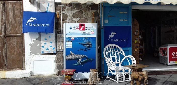 A Panarea, Vulcano e Salina arrivano le compattatrici per le bottiglie di plastica